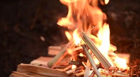 comment faire un feu dans la nature