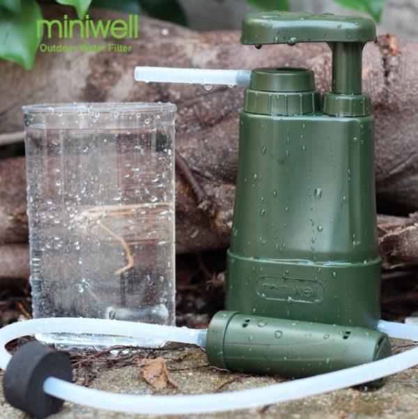 Pompe filtrante et cartouche de remplacement